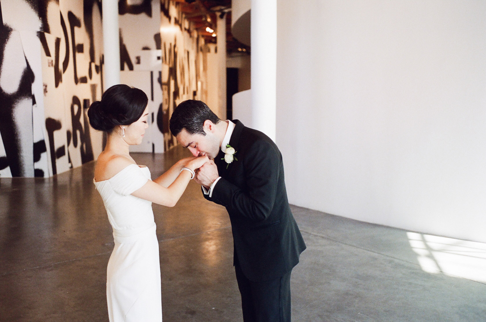 new orleans wedding first look on film at cac - 02