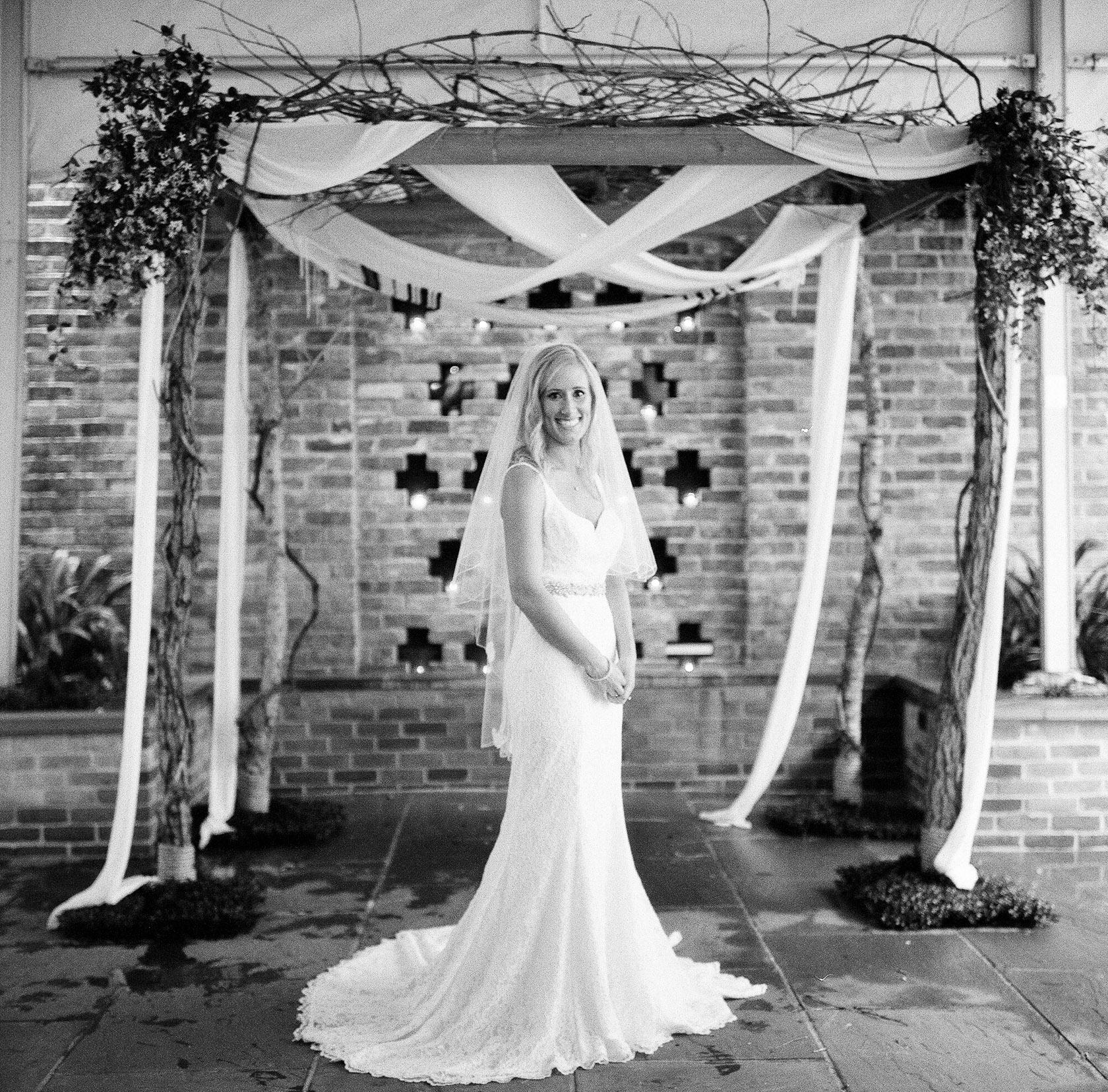 maison dupuy wedding on film 04