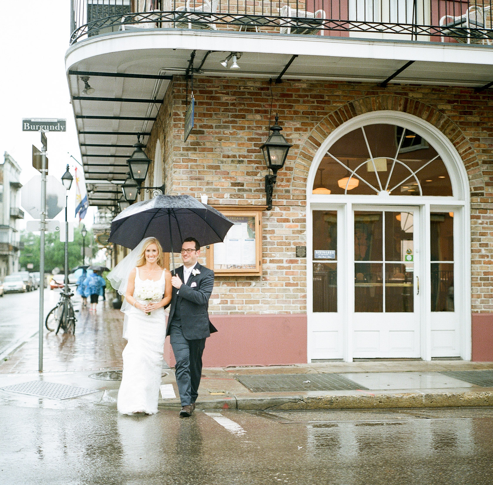 maison dupuy wedding on film 11