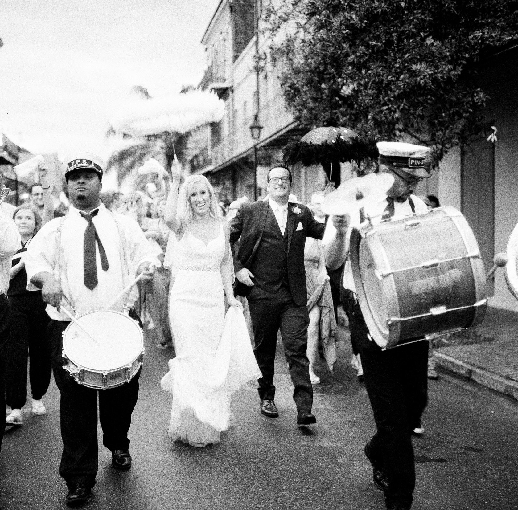 maison dupuy wedding on film 18