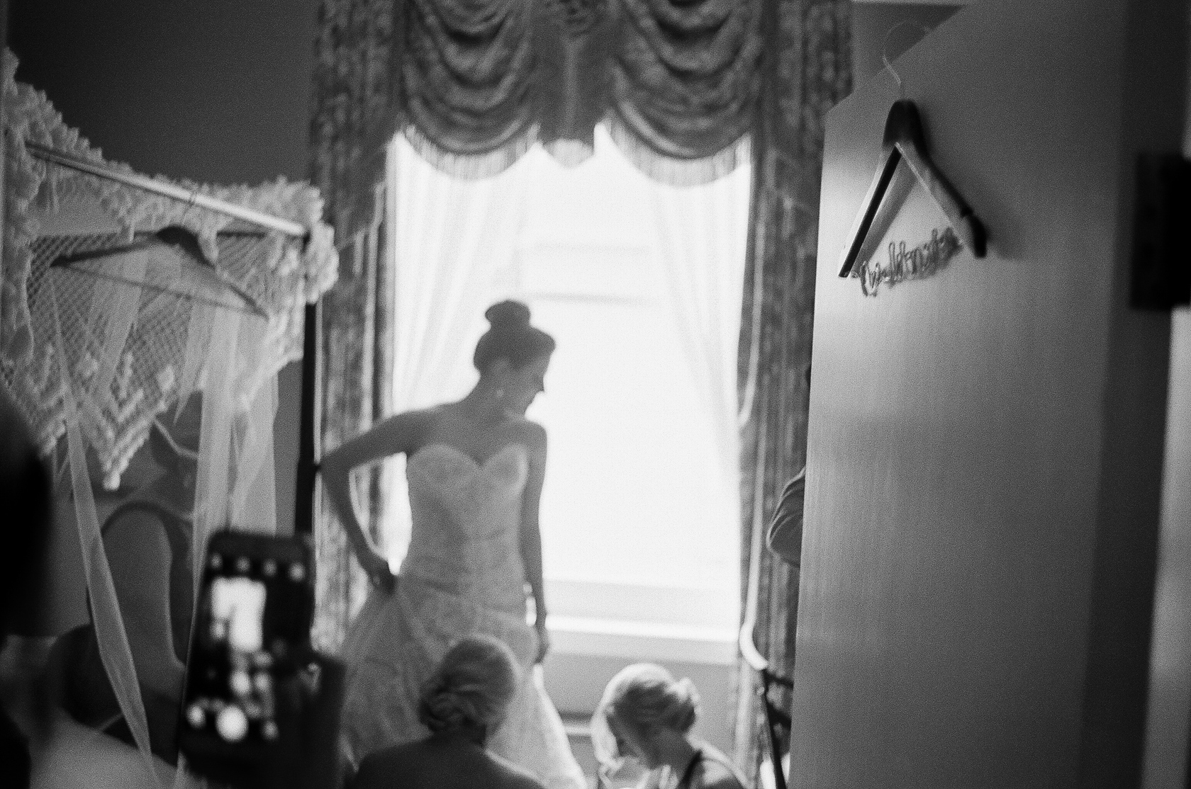new orleans bridal prep on film at le pavillion 02