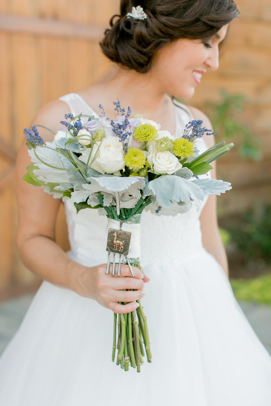 berry barn wedding bouquet - 02