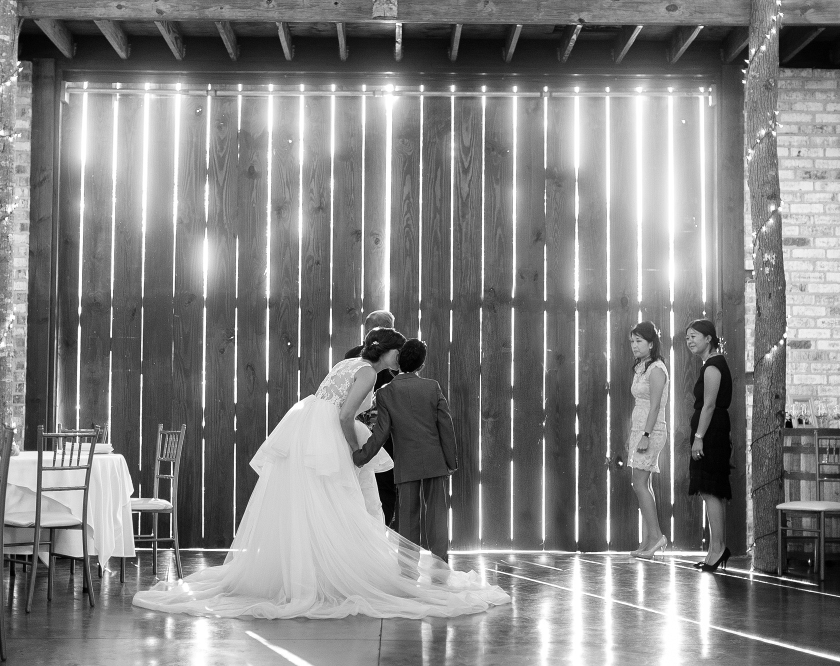 berry barn wedding ceremony - 02