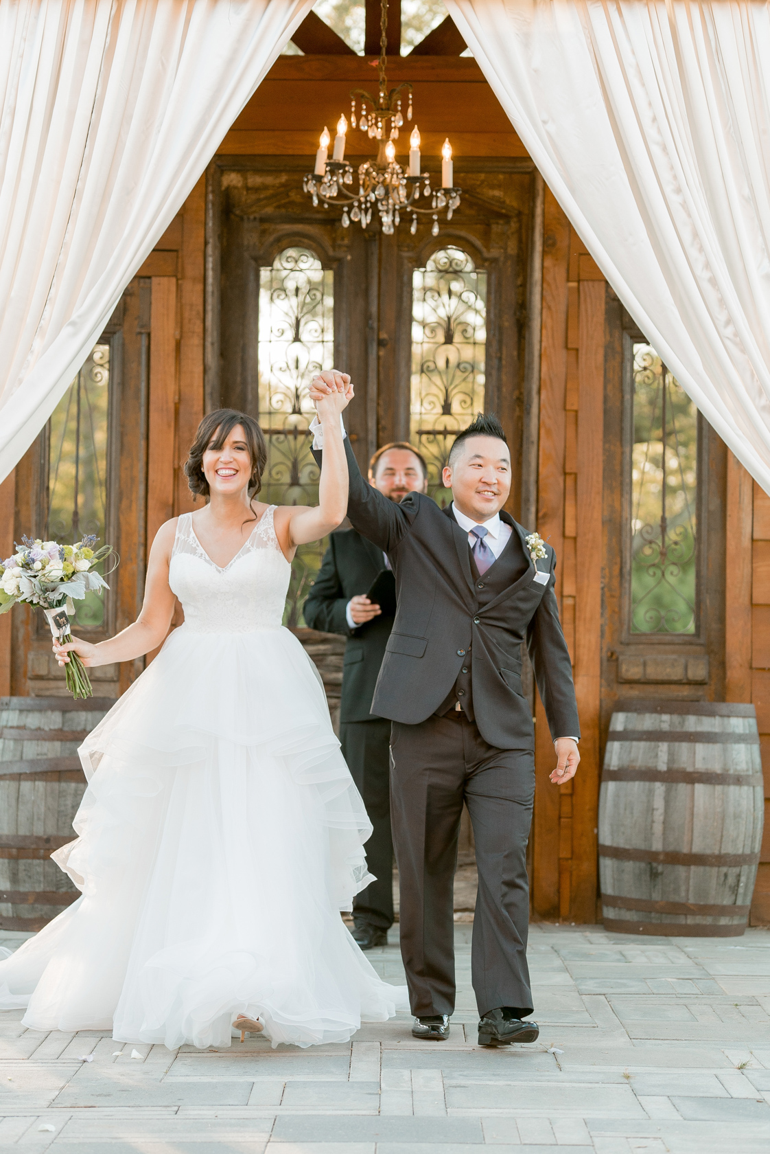 berry barn wedding ceremony - 06