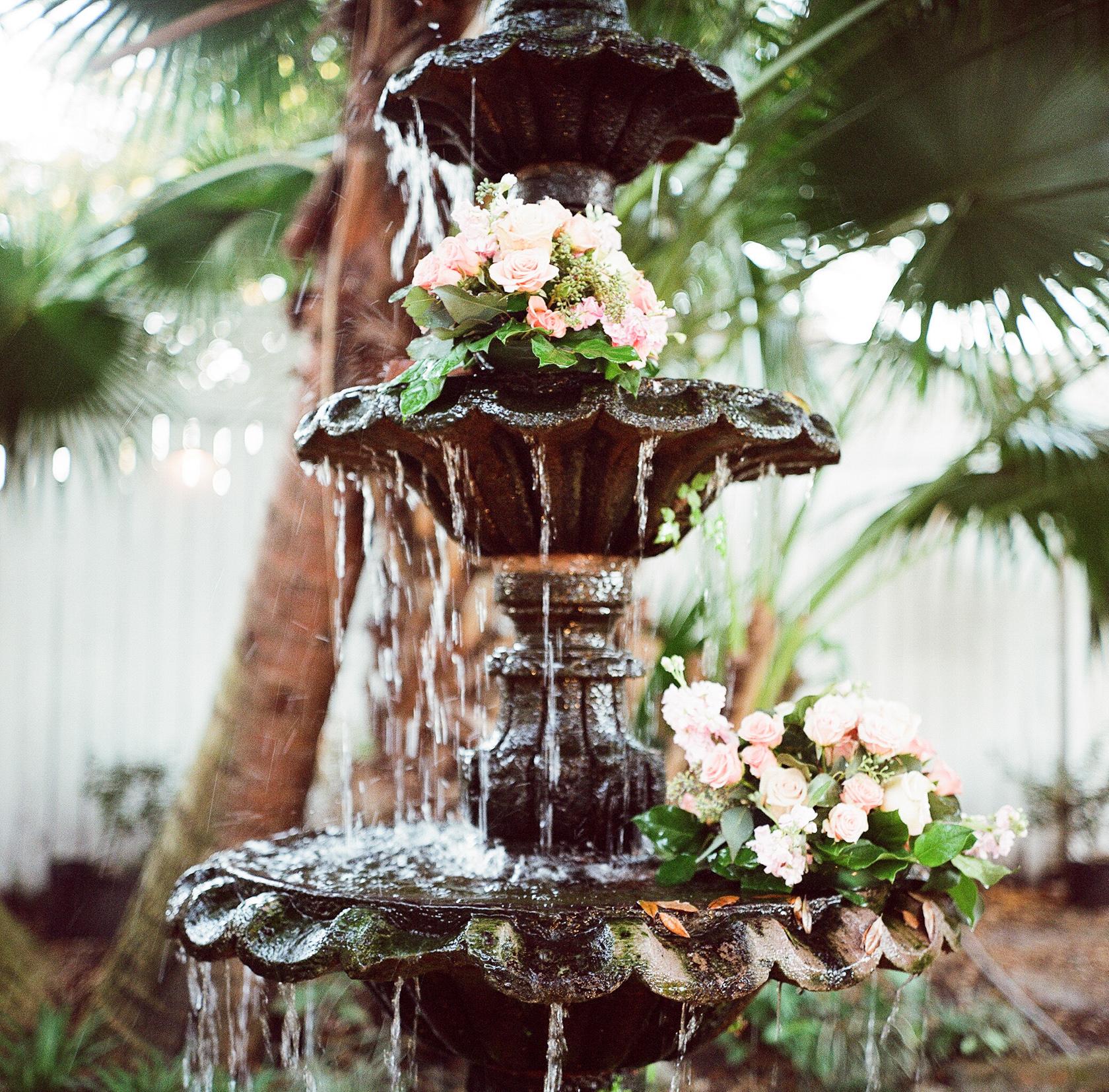 elms mansion wedding floral details 04