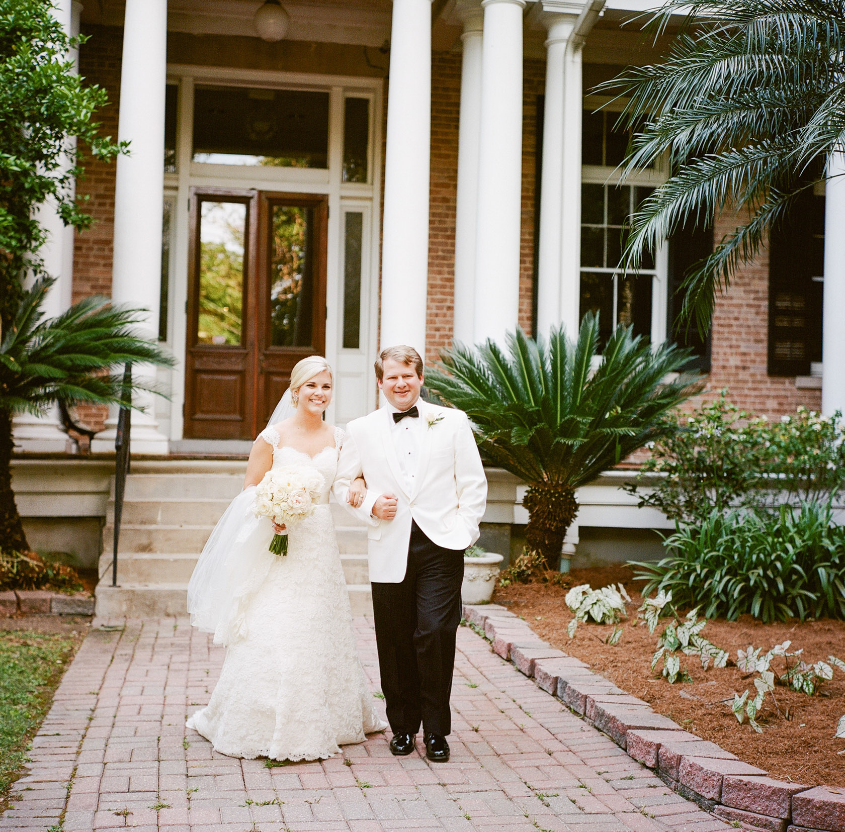 new orleans wedding sacred heart first look 05