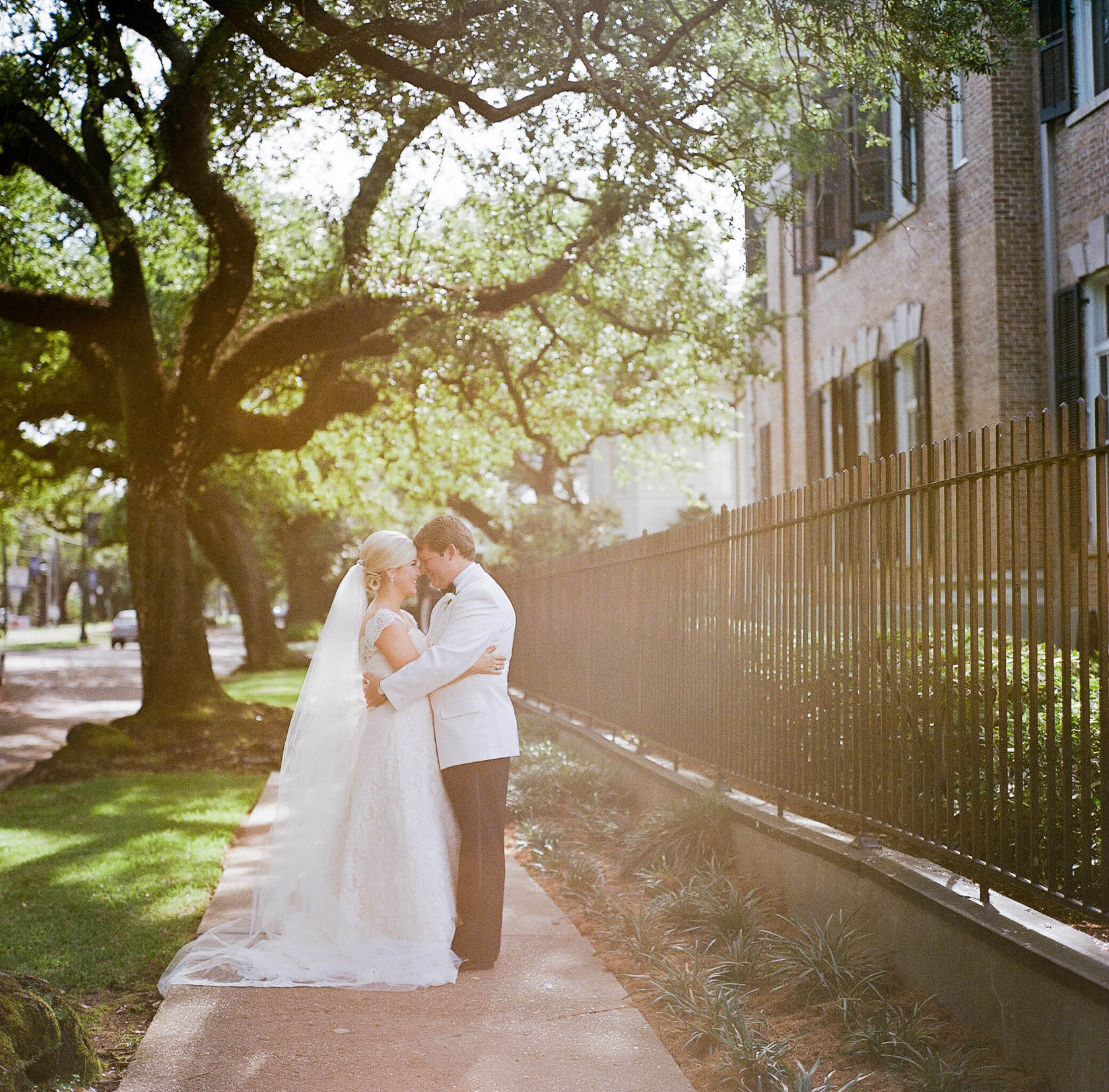 new orleans wedding sacred heart bride and groom 01