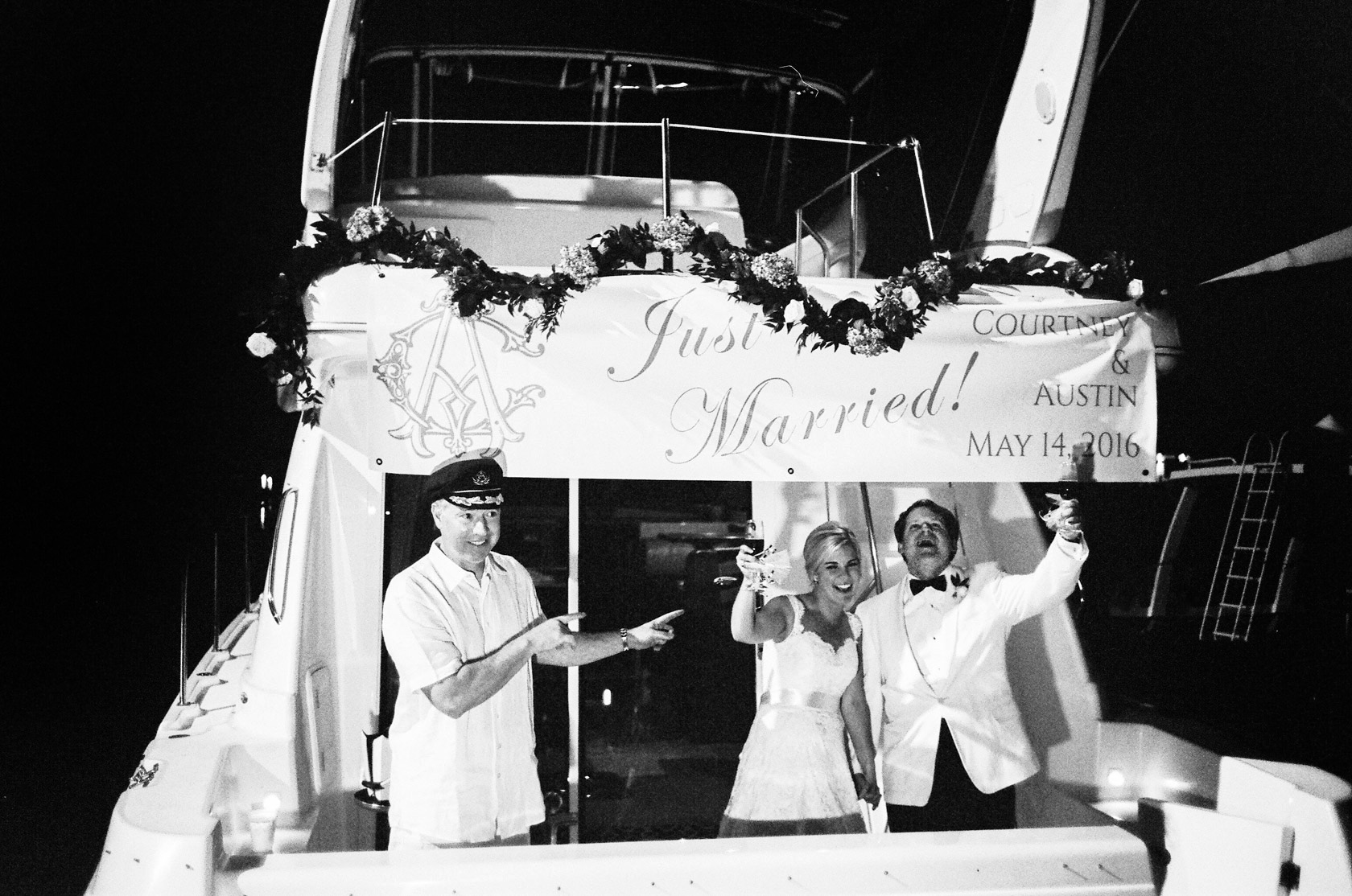 new orleans yacht club wedding boat departure 04