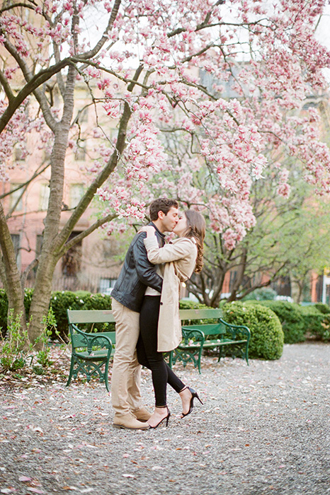 new york city engagement photos with cherry blossoms 02