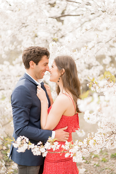 new york city engagement photos in spring 03
