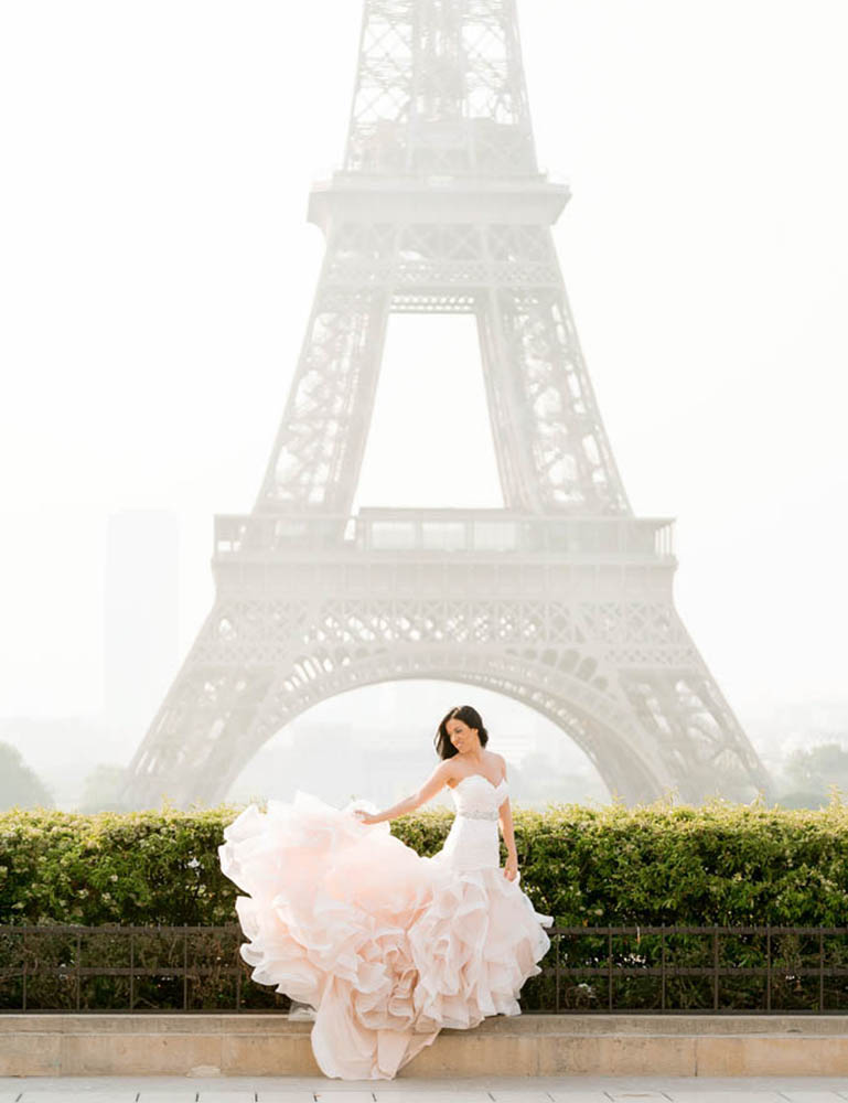 paris bridal eiffel tower