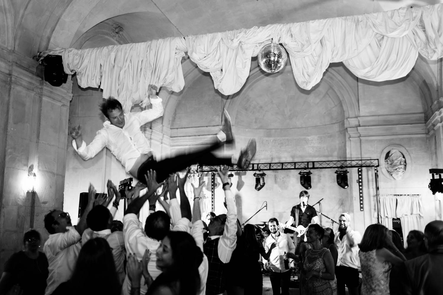 chateau de vallery wedding groom crowd surfing