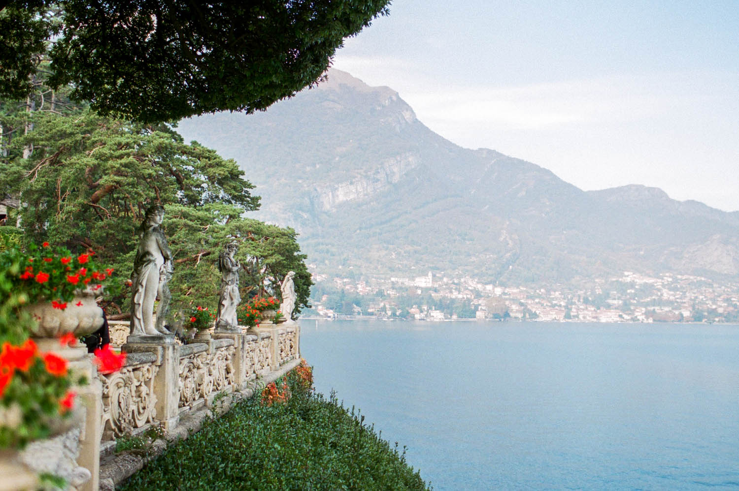 lake como view from villa balbianello