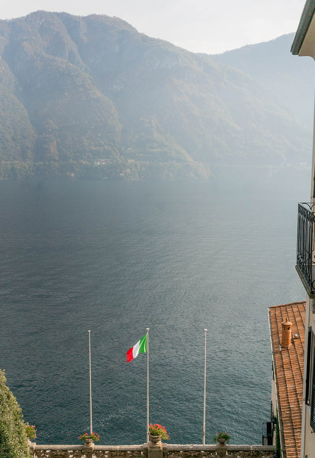 lake como travel