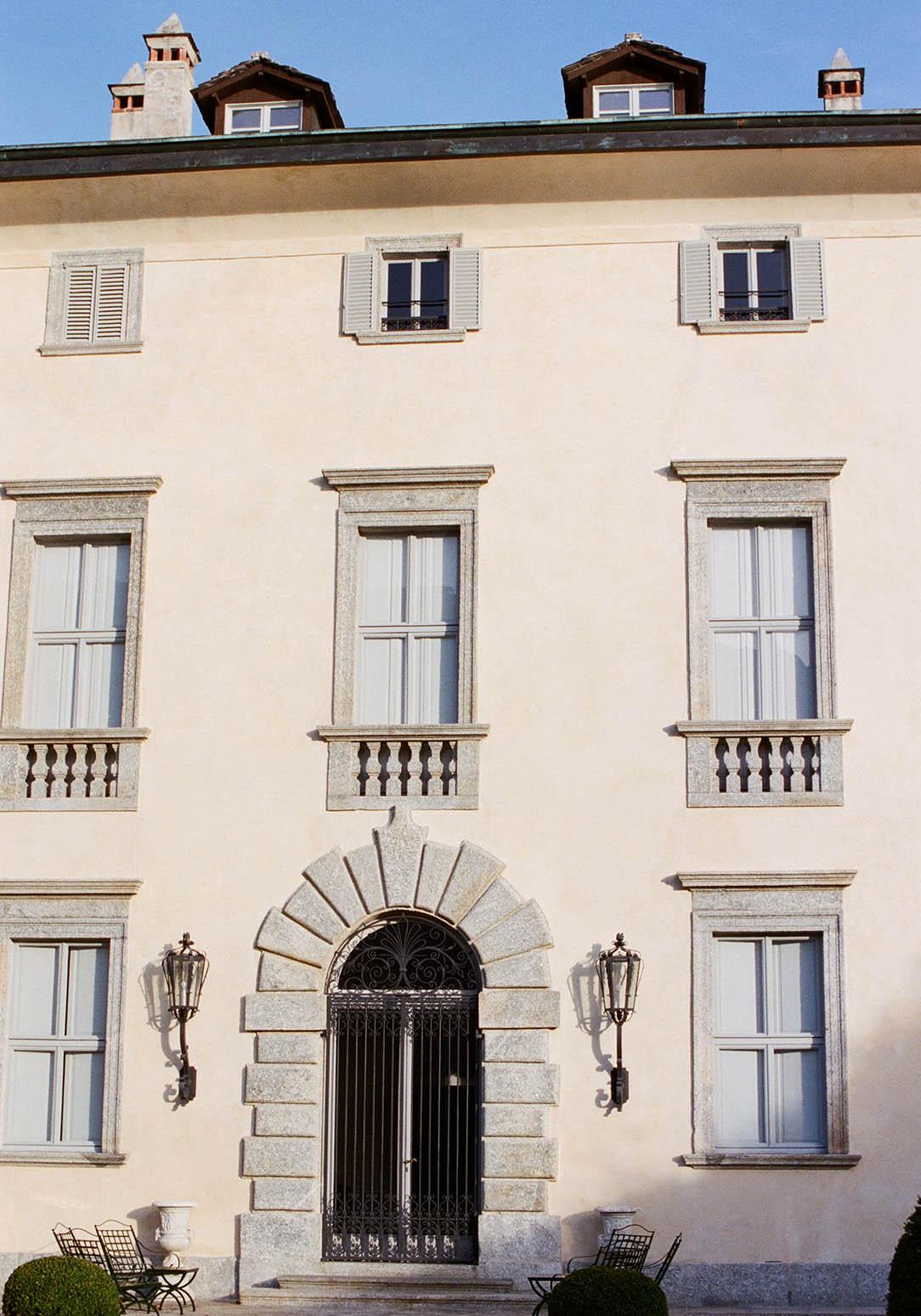 facade of villa balbiano