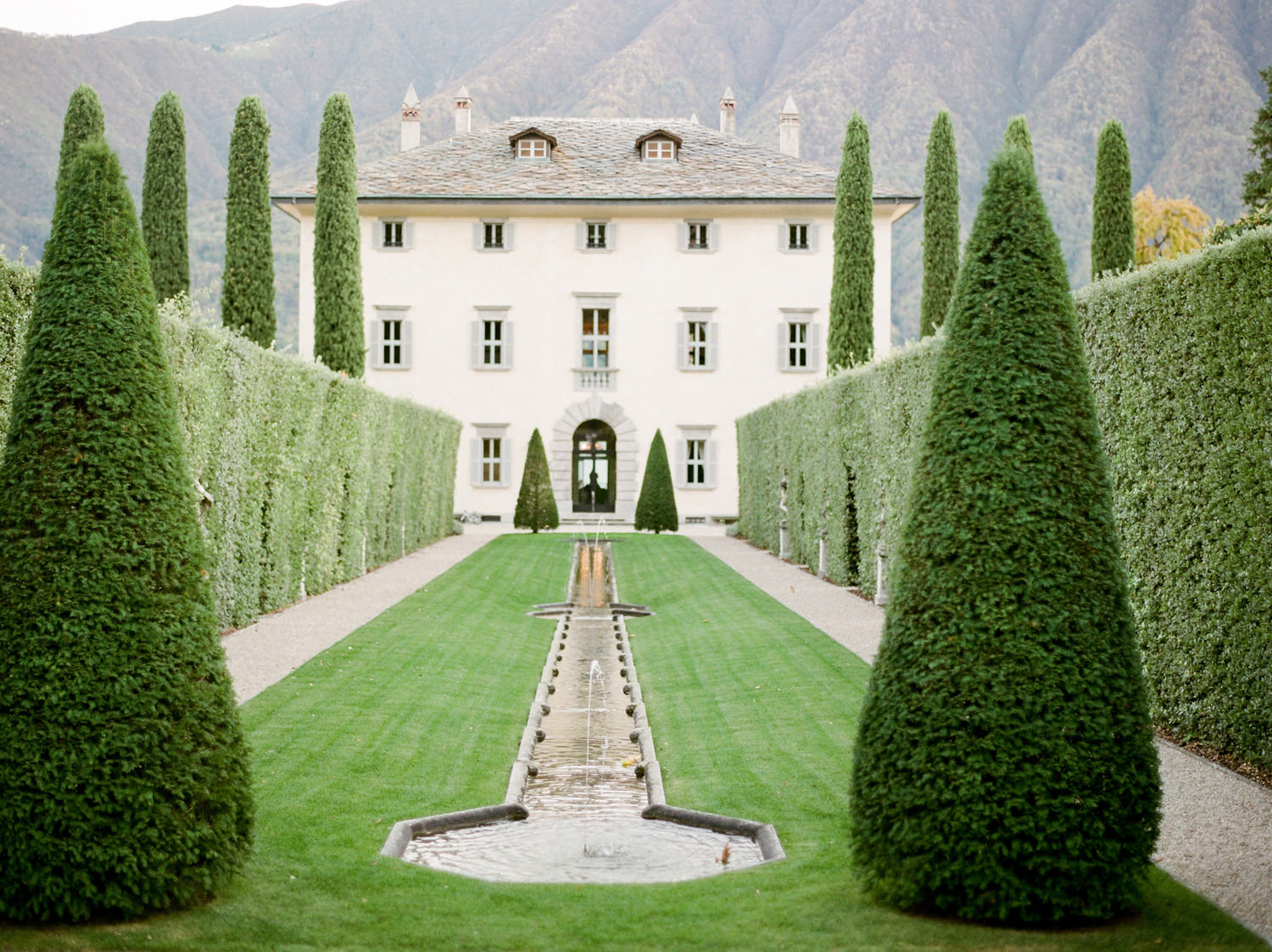 lake como wedding venue villa balbiano